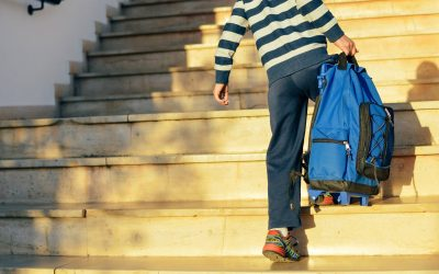 How heavy should a schoolbag be and can it damage my child's spine?